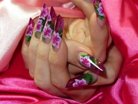 Китайская роспись на ногтях. Пошагово. В статье вы сможете узнать обо всех тонкостях техники китайской росписи на ногтях.