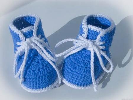 Пинетки для новорожденных крючком. Как собственноручно связать детские пинетки крючком?
