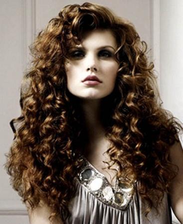 Прически для кучерявых волос. Варианты