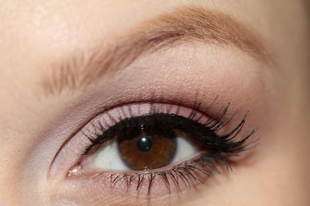 Как естественно накрасить глаза. Советы
