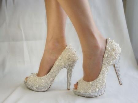 Какие туфли купить для свадьбы?