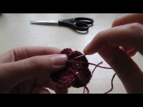 Урок вязания цветочка